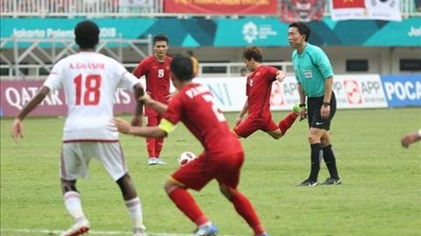 Trọng tài bắt chính trận Olympic Việt Nam từng 'dính phốt'