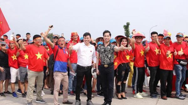 Danh ca Ngọc Sơn vẫn thưởng 250 triệu dù Olympic Việt Nam thua UAE