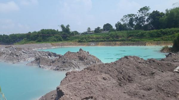 """Thái Nguyên: Người dân """"sống mòn"""" bên bãi tập kết tro xỉ thải của nhà máy nhiệt điện Cao Ngạn"""