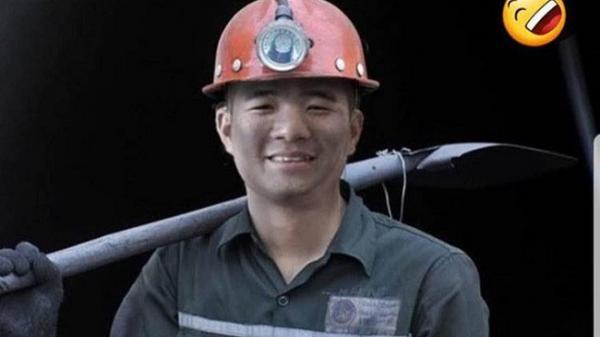 Cạn lời với chùm ảnh chế nghề tay trái của sao U23 Việt Nam, nhìn Đức Chinh chỉ biết phá lên cười
