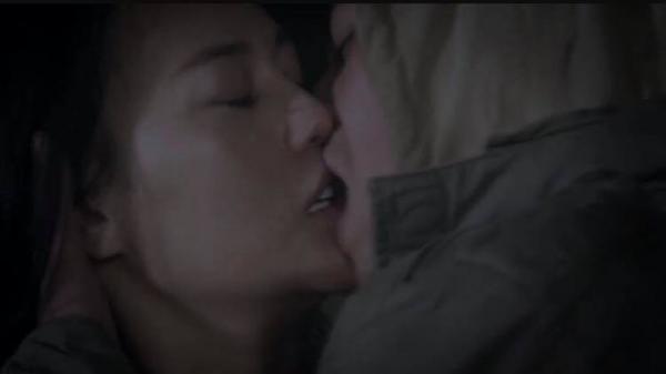 """Cảnh hôn Quỳnh bị chê bai thậm tệ, Doãn Quốc Đam: """"Ok tôi hôn bẩn, diễn ngu, vụng tôi chịu"""""""