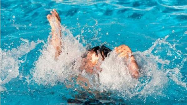Tắm hố sâu, 3 học sinh chết đuối thương tâm