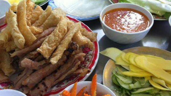 """Địa chỉ những quán ăn vặt ngon, bổ, rẻ ở Nha Trang cho bạn tha hồ """"oanh tạc"""""""