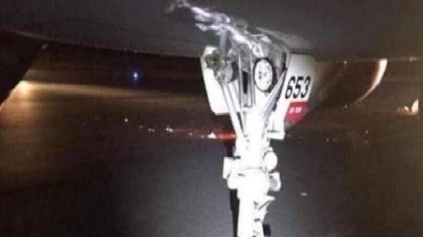 Xe kéo từ Cam Ranh lên giải tỏa sân bay Buôn Ma Thuột