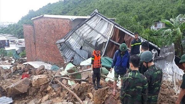 Nạn nhân thứ 11 trong vụ sạt lở núi ở xã Phước Đồng tử vong