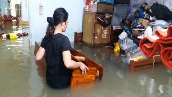 Khánh Hòa: Sống cạnh dự án, nơm nớp lo ngập