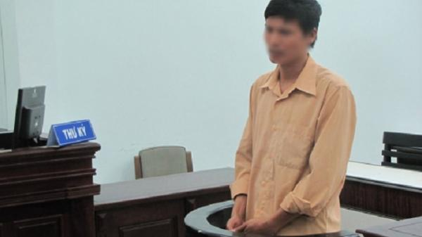 Khánh Hòa: Tài xế taxi đi tù vì giúp khách tìm gái mại dâm