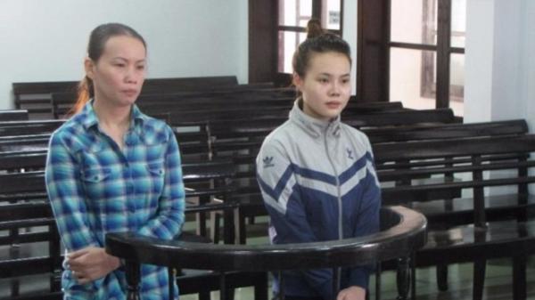 Bà chủ tiệm massage ở Khánh Hòa cùng nhân viên 'lột đồ' khách