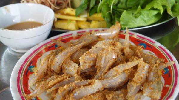 Khám phá hết món ngon của thành phố biển chỉ qua những con đường được mệnh danh thiên đường ẩm thực