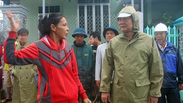 Ninh Hòa khẩn trương khắc phục hậu quả của bão số 12 và ứng phó với lũ lớn