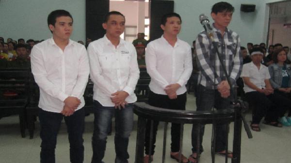 Truy sát 2 vợ chồng vì bị 'xù' nợ, nhóm thanh niên lĩnh án