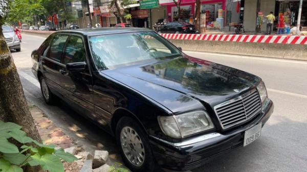 Bấm được biển 'phát lộc', Mercedes-Benz S-Class thời 'ông bà anh' vẫn có giá rẻ ngang Honda SH