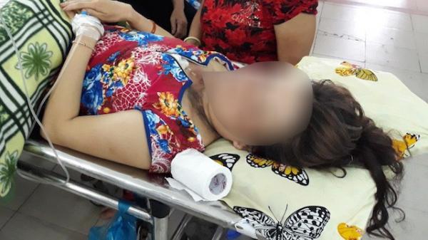 KINH HOÀNG: Sét đánh đứt dây chuyền vàng, người đeo cháy cổ ở miền Tây