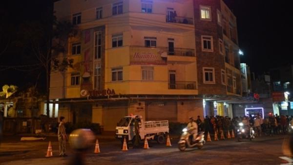 Miền Tây: Việt kiều thuê phòng khách sạn rồi nhảy lầu tự tử?