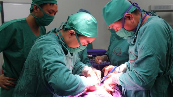 Kiên Giang: Sản phụ khỏe mạnh bị cắt bỏ cổ tử cung, mất con bất thường sau khi sinh