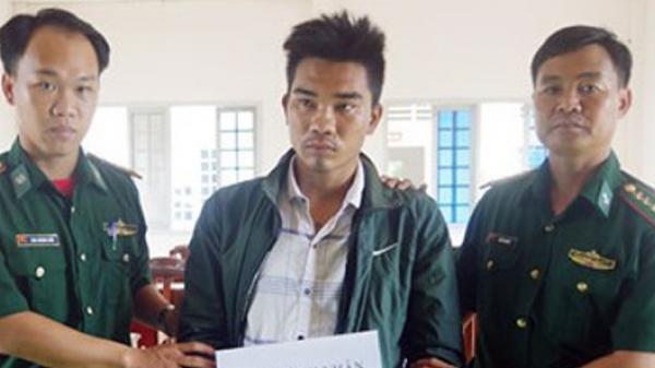 Kiên Giang: Bắt ngư phủ 9X mang súng lên tàu cá