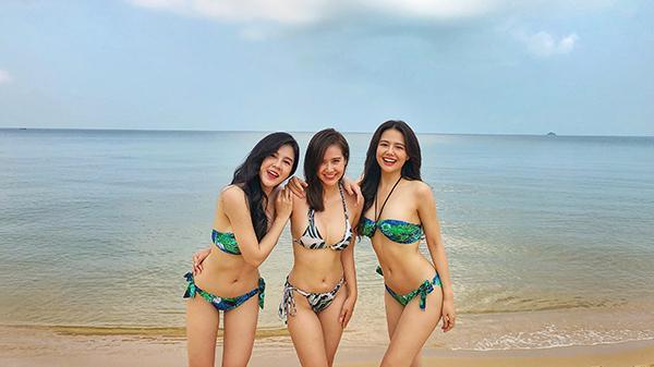 Bộ ba hot girl đình đám rủ nhau khoe thân hình nóng bỏng tại Phú Quốc