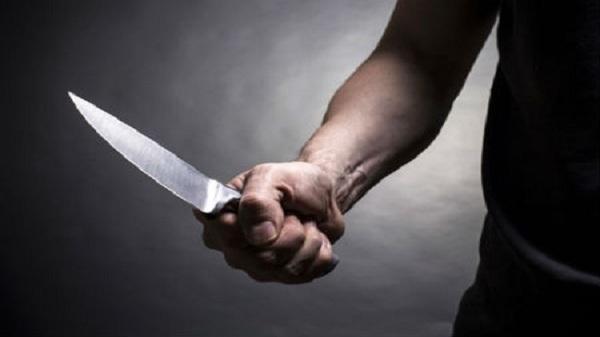 Người đàn ông 41 tuổi bất ngờ bị bạn nhậu đâm chết