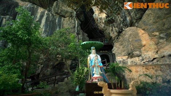 Về Hà Tiên khám phá hang động huyền bí Thạch Sanh giết đại bàng
