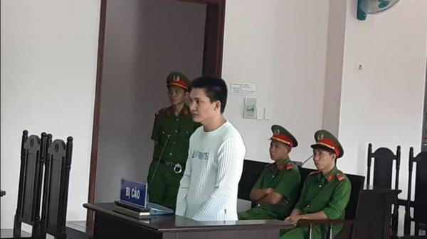 Đang chở mía ở Kiên Giang vẫn c ướp được túi xách ở Hậu Giang?!