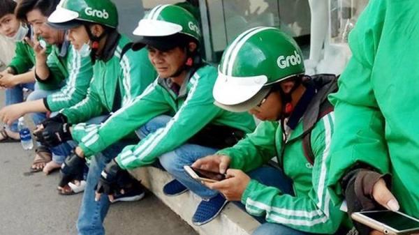 TP.HCM: Phẫn nộ nữ hành khách miệt thị GrabBike như 'ăn mày xã hội'