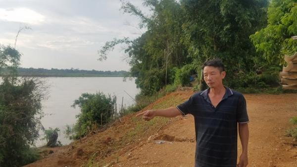 Sạt lở nghiêm trọng đe dọa hàng chục hộ dân ở Phú Thọ