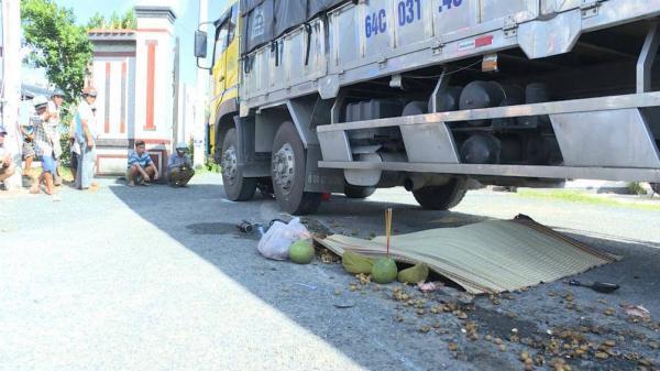 Người đàn ông quê Kiên Giang c hết thảm dưới bánh xe tải