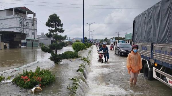Mưa lớn, ngập lụt ở Phú Quốc kéo dài đến khi nào?