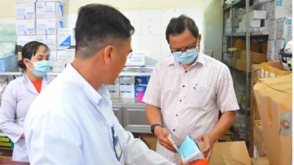 Kiên Giang: Đình chỉ chức vụ trưởng trạm y tế vì lơ là chống dịch Covid-19