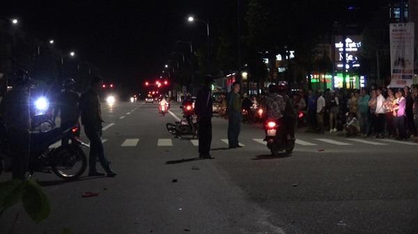 Lái ô tô gây tai nạn chết 2 người định bỏ trốn