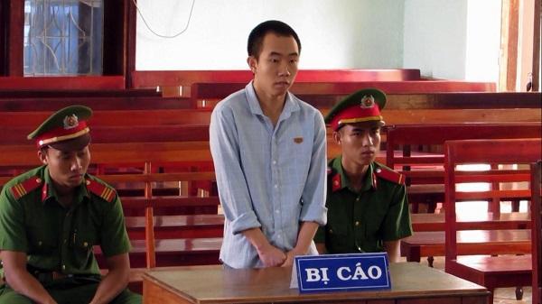 """Kon Tum: 15 năm tù cho hành vi """"Vận chuyển trái phép chất ma túy"""""""