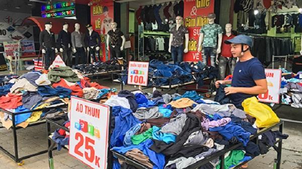 """Kon Tum: Kinh doanh quần áo thời trang: """"Kẻ ăn không hết, người lần không ra"""""""