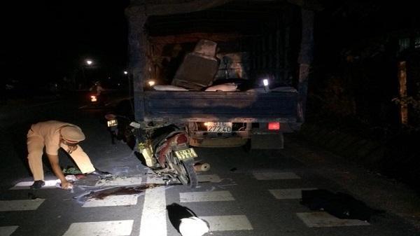 Kon Tum: Đâm vào đuôi xe tải 1 người tử vong