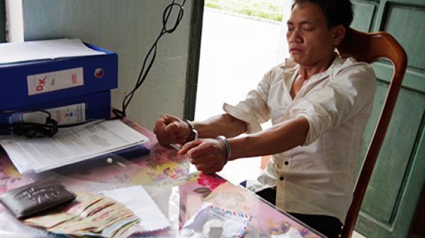 BĐBP Kon Tum bắt đối tượng vận chuyển chất ma túy