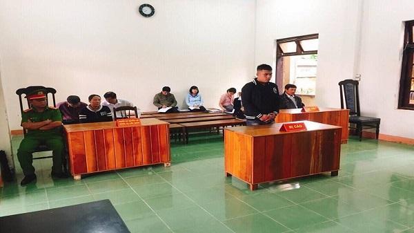 Kon Tum: 16 tháng tù giam cho tội 'Trộm cắp tài sản'