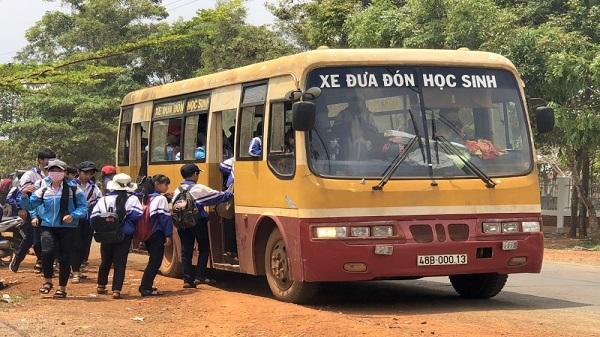 Đắk Nông: Xử phạt 9 xe chở học sinh với hàng loạt vi phạm
