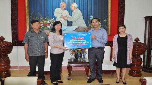 Ủy ban MTTQ Việt Nam Thành phố Hồ Chí Minh hỗ trợ đồng bào Kon Tum bị thiệt hại do bão 1 tỷ đồng
