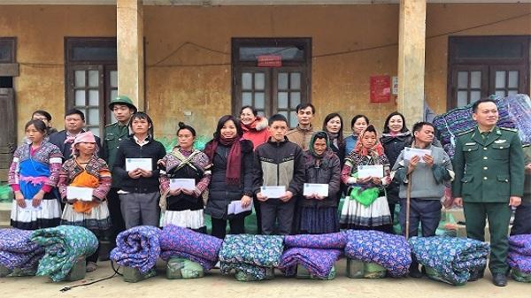 Tặng 365 suất quà cho hộ nghèo biên giới tỉnh Lai Châu