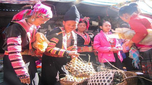 Chợ phiên Sìn Hồ - điểm đến thú vị của cho du khách