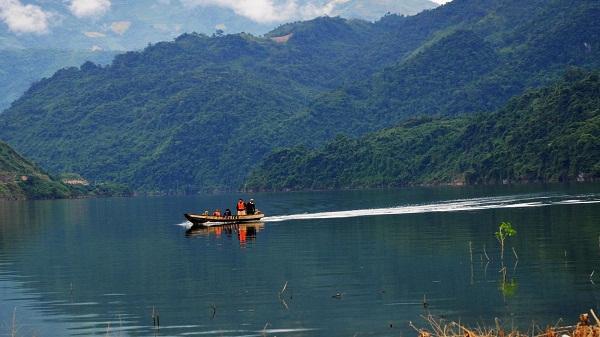 Những lựa chọn du lịch cuối tuần cho khách ở thành phố Lai Châu