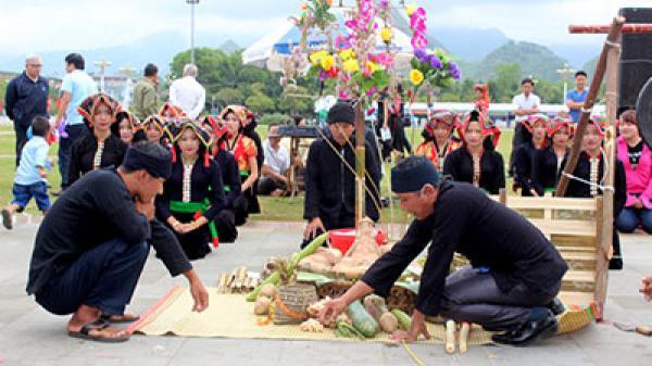 Lai Châu: Đặc sắc không gian trưng bày lễ hội