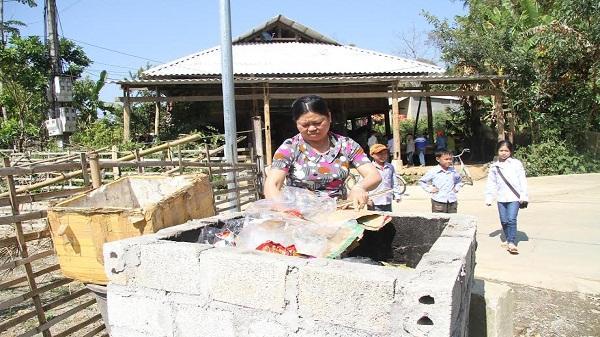 Hữu dụng mô hình lò đốt rác tại Hua Nà Than Uyên
