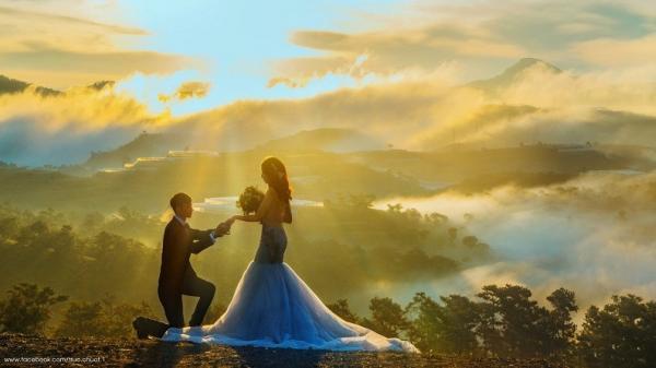 """Bộ ảnh cưới ở Đà Lạt của cặp đôi phượt thủ """"hút hồn"""" dân mạng"""