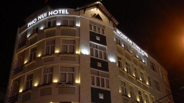 Tăng giá gấp đôi, khách sạn ở Đà Lạt vẫn 'cháy' phòng dịp Tết Dương lịch