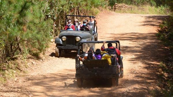 Lạc Dương (Lâm Đồng): Không an toàn với những chiếc xe không đăng kiểm vẫn chở khách du lịch đường đèo dốc