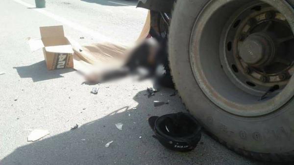 Húc vào đuôi xe container, nam thanh niên 24 tuổi tử vong tại chỗ