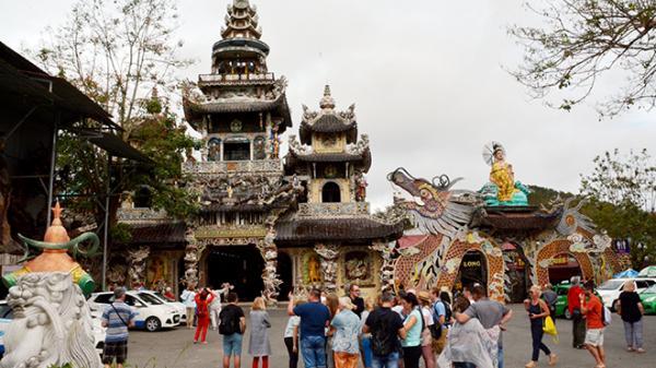 Du lịch tâm linh hút khách nổi tiếng tại TP Đà Lạt (Lâm Đồng)