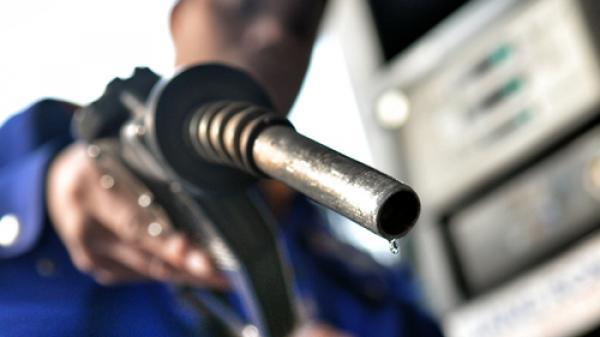 Chính thức đề xuất tăng thuế môi trường với xăng lên 4.000 đồng