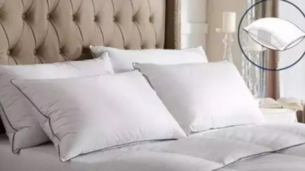 Tại sao giường trong khách sạn lại đặt 4 cái gối, 90% chúng ta không giải đáp được câu hỏi này