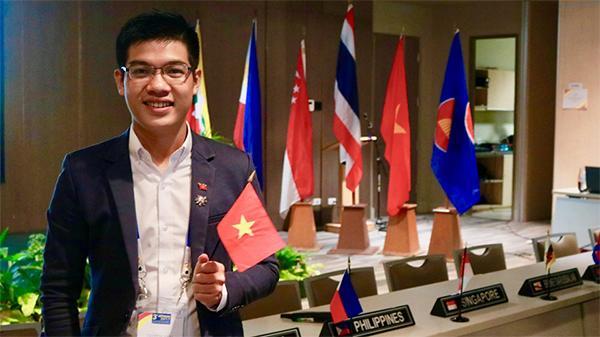 Chàng thanh niên 23 tuổi Lâm Đồng vinh dự là đại biểu Việt Nam đối thoại với Obama tại Singapore